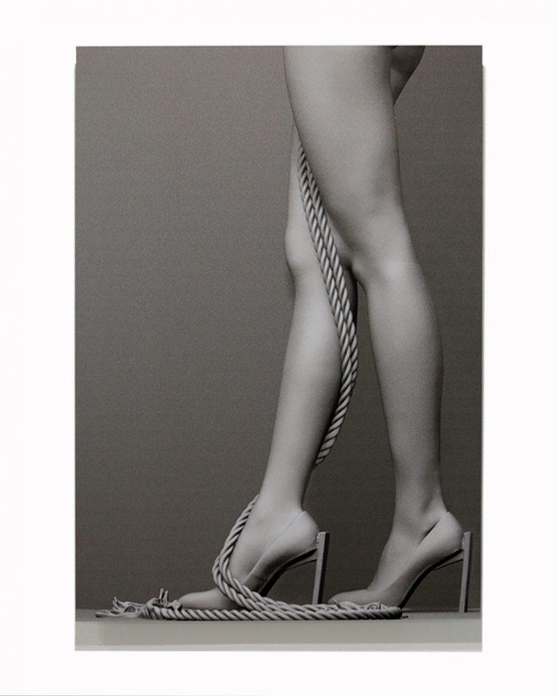 Laura Legs 35 x 50 cm